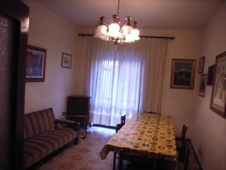 Beach apartment with garden, Anzio