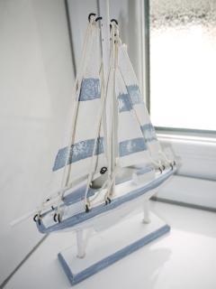 Ship Ahoy !