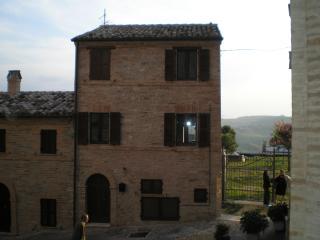 Il Borgo Vecchio, Monte Rinaldo