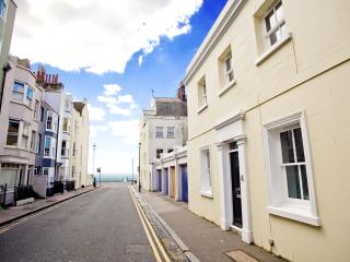 The White Cottage in the heart of Brighton