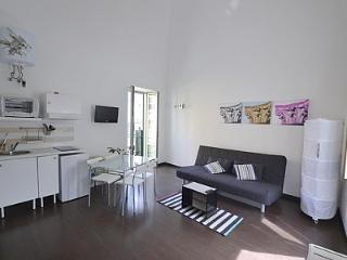 Casa Patrizio B, Meta
