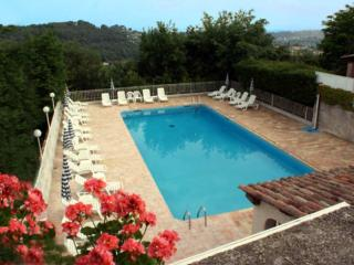 Charming St Paul de Vence home with beautiful views **July 2017 discount**