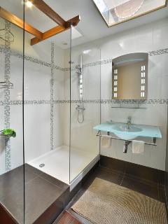 Salle de douche chambre 1 Appartement Mogador Honfleur