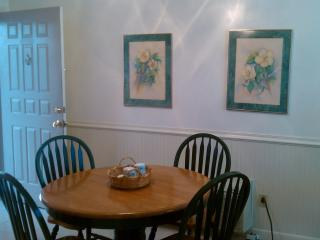 Dining Room has plenty of room for guests.