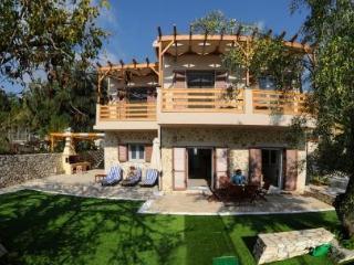 Dolce Villa Dessimi, Lefkada