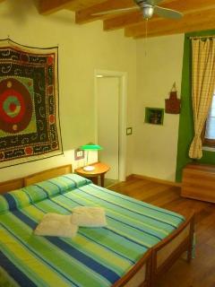 duoble room MELOGRANO, B&B Contrada Lunga, Linzanico, Abbadia Lariana, lake Como