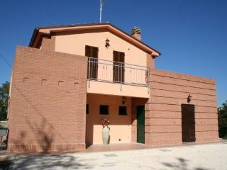 Farmhouse La Collina delle Str, Castelbellino