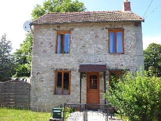 Cottage in Les Puids, St Avit-de-Tardes, in the heart of rural France.