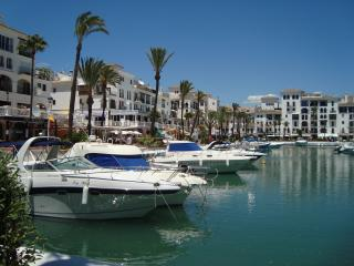 Luxury Apartment,Costa del Sol, Puerto de la Duquesa