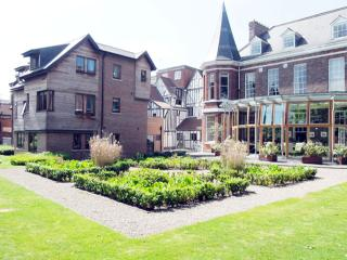 11 TALBOT COURT LUXURY APARTMENT, York