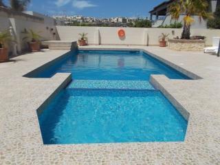 Mellieha house with pool