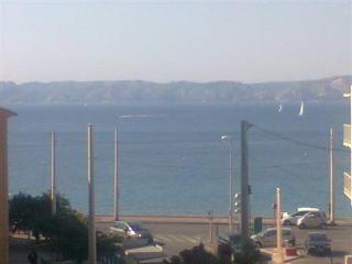 loue chambre bord de mer/Room 100m from beach, Marseille