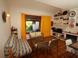 salone principale con divano letto, main living room with sofa bed