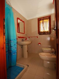 Bagno al primo piano, First floor bathroom