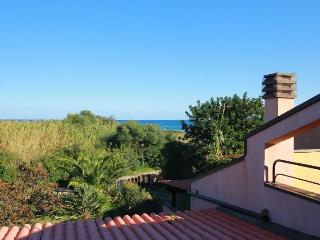 Villa Sant'Elmo a 100 metri dal mare