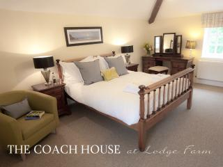 Family Bedroom with en suite, flatscreen TV and optional single daybed
