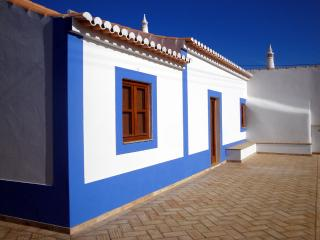 Reconstruction with traditional materials, with all the confort of a modern house