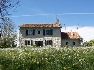 Maison au bord de la rivière, Aubeterre-sur-Dronne