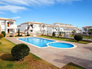 Lovely Town House - Punta Prima,  Alicante