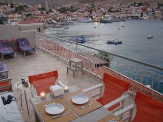 Polyxeni's Sea Front Villa, Halki