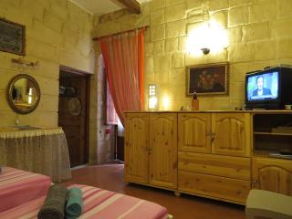 Studio Il Guva located in a charming neighbourhood, La Valeta