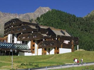 Apartment Top Residence Kurz Val Senales, Merano