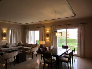 LUXURY 1BD SUITE WITH GARDEN (VILLA 9B1)