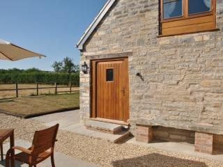 A beautiful stone barn newly refurbished in glorious countryside with large private garden