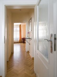 Corridor / Couloir