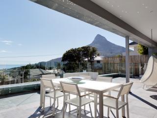 Villa Lookout