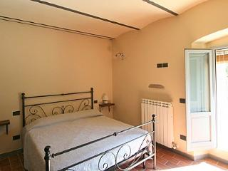 3 bedroom Villa in Laterina, Tuscany, Italy : ref 5228963