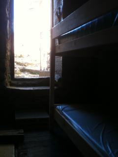 DORTOIR 2 PERSONNES-SANS FENETRE / MIXED DORM 2 PEOPLES-NO WINDOW