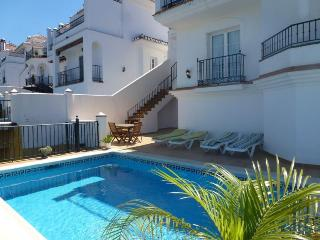 Villa Casa Nostra - 3 bedrooms villa with pool, A/C, mountain views, wifi., Nerja