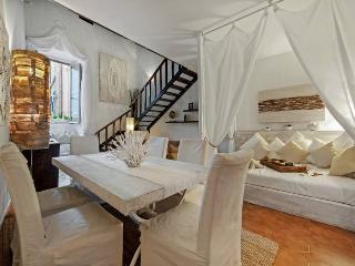 Roma Suite Center