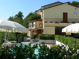 Borgo La Filomena,, Montefortino