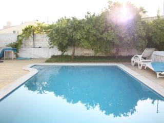 Algarve style villa with pool