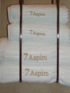 Plenty of 600 gsm Egyptian cotton towels are provided