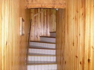 Couloir menant aux étages