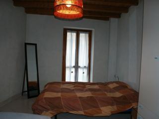 Casetta in sassi in una corte, Brenta