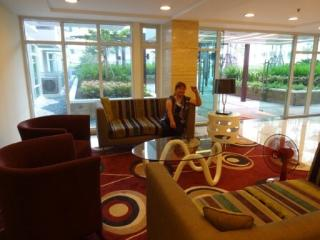 ELLEN ( Parkside Villas Resort World ), Pasay