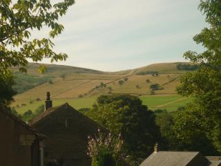 Hayfield 'Fairy Bank' Holiday Cottage,