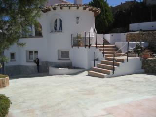 Casa Serrano, Llíber