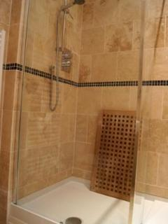 Walk in shower