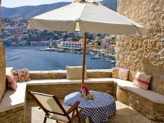 Villa Kristina, Spectacular views! Free July & Aug, Symi