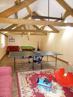 Games room at Bookham with Wi-Fi hotspot