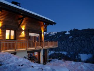 Chalet Tressud - with outdoor jacuzzi, Les Gets
