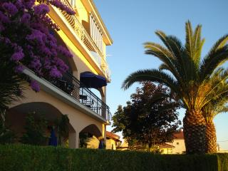 Apartments Ivanka APP3, Okrug Gornji