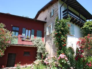 Casa del Tempo Ritrovato  bed and breakfast, Toscolano-Maderno