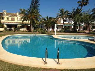 Villa with pool and near beach