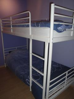 bedroom 2 with bunk bed (+ optional cot) (sheets provided)